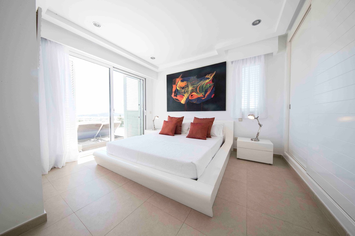 606sacarrocacopiadi30bedroomsuite2a