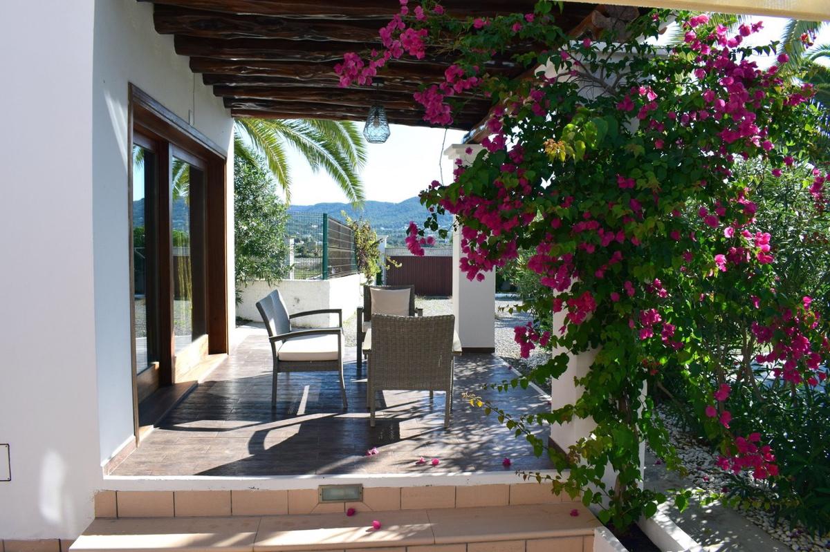 villa6106bedroomspuigdenvalls12-2