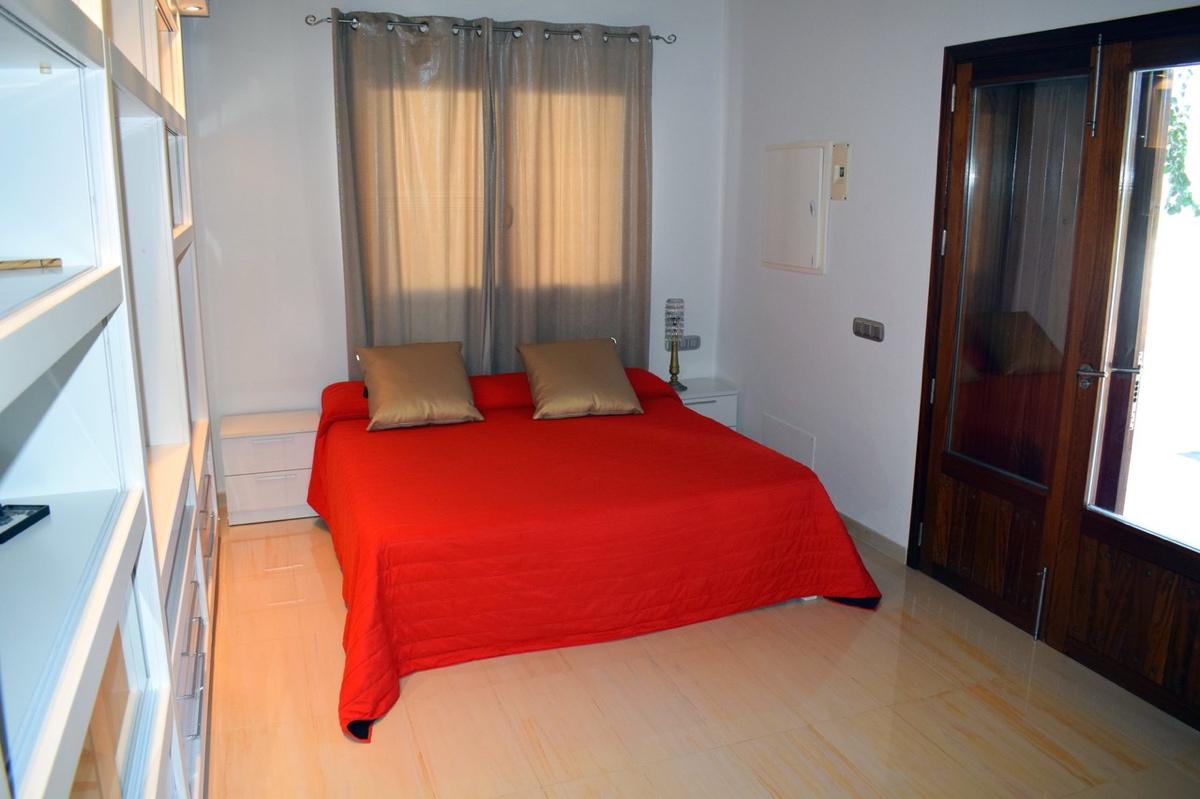 villa6106bedroomspuigdenvalls32